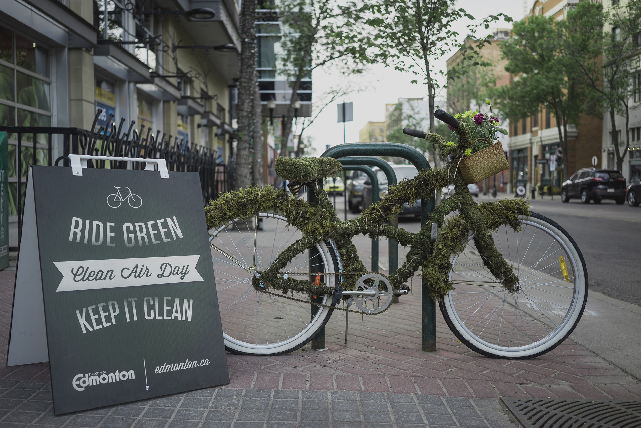 Green Bike advertising campaign in Edmonton